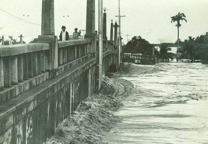 Enchentes no Recife