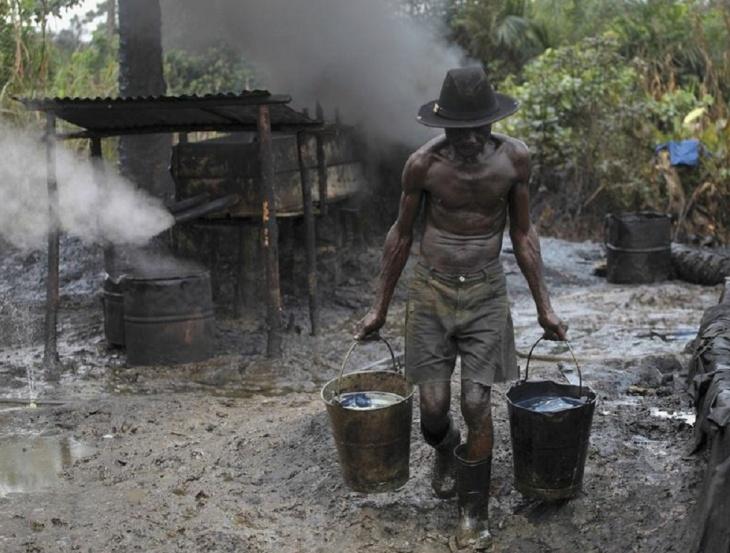 Refinaria ilegal na Nigéria