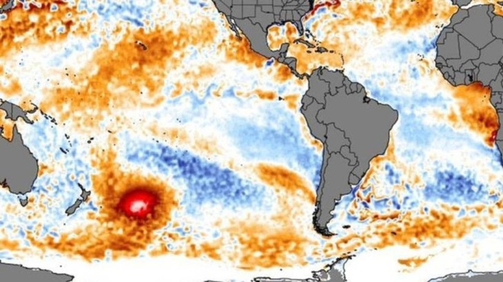Mancha de água quente no Oceano Pacífico