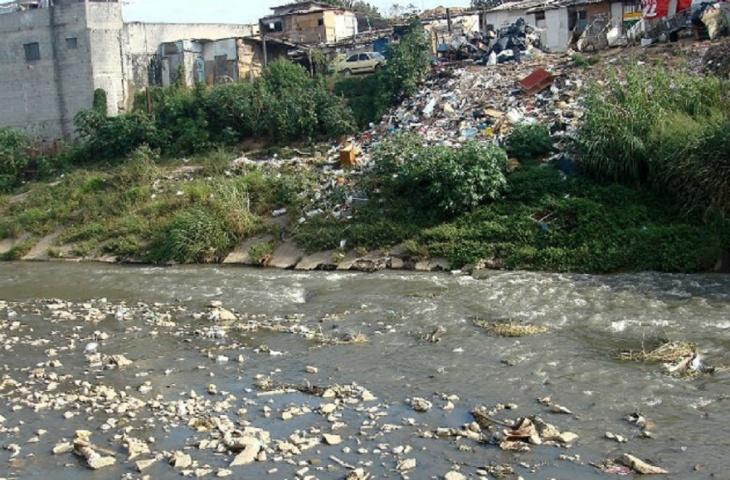 Assoreamento de rios urbanos